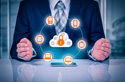 Защитите концепцию данным по данным по облака Безопасность и безопасность данных по облака Стоковое фото RF