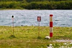 Защитная загородка под высоким напряжением против медведей Стоковое Изображение