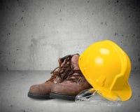 Защитный шлем и ботинки Стоковое Фото