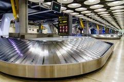 Заявка багажа на авиапорте стоковое изображение