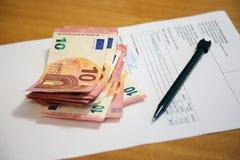 заявление пер дег чернил дохода стекел евро состава дела анализа финансовохозяйственное работа отчетов о коммерсантки финансовохо Стоковое фото RF