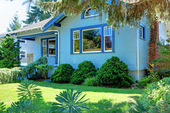 за голубым валом старого типа дома мастера Стоковое Фото