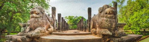Зал заседаний совета, Polonnaruwa, Шри-Ланка панорама Стоковая Фотография