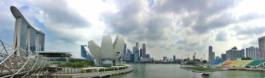 Залив Марины - горизонт города Сингапура Стоковое Изображение