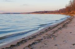 Залив на озере в вечере Стоковое Фото