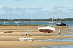 Залив Arcachon, Франция, играть детей Стоковое Изображение RF