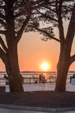 Залив Arcachon, Франция, Andernos на заходе солнца стоковое фото rf