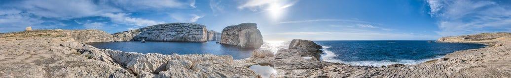 Залив Dwajra в острове Gozo, Мальте Стоковое Изображение RF