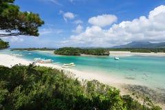 Залив Kabira в острове Ishigaki, Окинаве Японии Стоковое фото RF