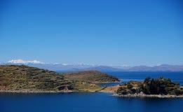 Залив Titicaca озера в isla de sol в горах Боливии Стоковая Фотография RF