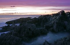 Залив Woolacombe утесистый Стоковые Изображения