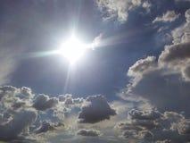 За каждым темным облаком Стоковые Фотографии RF