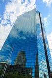 Заднее здание Джна Hancock залива в Бостоне, Массачусетс Стоковые Изображения RF