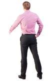 Задний взгляд бизнесмена в красной рубашке вне для того чтобы сотрясать руки Стоковые Фото