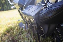 Задняя часть мотоцикла кожа мешка черная Стоковое фото RF