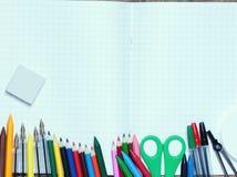 задняя школа к Справочная информация поставкы школы различные стоковое фото rf