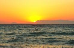 за пряча солнцем горы Стоковая Фотография RF