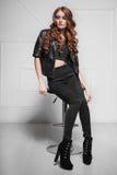 Задумчивая женщина с красными волосами Стоковые Фотографии RF