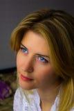 Задумчивая красивая блондинка Стоковые Фото
