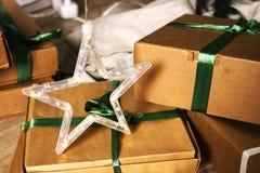 Звезда на подарочной коробке Стоковые Изображения