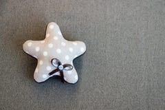 Звезда ткани с смычком ткани в точках польки handmade Стоковые Изображения RF