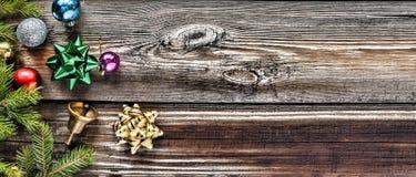 звезды абстрактной картины конструкции украшения рождества предпосылки темной красные белые Праздник ` s Нового Года Стоковые Изображения RF