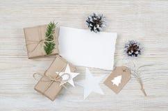 звезды абстрактной картины конструкции украшения рождества предпосылки темной красные белые Взгляд сверху Стоковое Фото