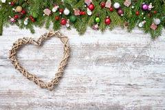 звезды абстрактной картины конструкции украшения рождества предпосылки темной красные белые Вал ели рождества с украшением Стоковые Изображения RF