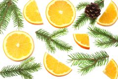 звезды абстрактной картины конструкции украшения рождества предпосылки темной красные белые апельсин с кусками, конусом и елью на Стоковое Изображение RF