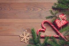 звезды абстрактной картины конструкции украшения рождества предпосылки темной красные белые Красные и белые леденцы на палочке, п Стоковое Изображение RF