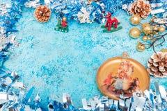 звезды абстрактной картины конструкции украшения рождества предпосылки темной красные белые invitation new year предпосылка празд стоковые изображения