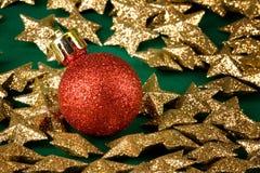 звезды глобуса золотистые красные Стоковые Фото
