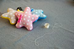 3 звезды с смычком ткани handmade и потока Стоковое фото RF