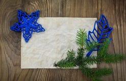 звезды абстрактной картины конструкции украшения рождества предпосылки темной красные белые Пустой старый бумажный лист с Стоковые Изображения RF