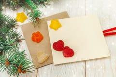 звезды абстрактной картины конструкции украшения рождества предпосылки темной красные белые Ветвь дерева, jujube и пустые карточк Стоковые Изображения