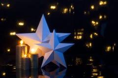 2 звезды с свечами золота Стоковое Изображение RF