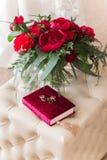 звенит розы wedding стоковые фото
