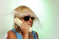 Звонить по телефону женщине Стоковая Фотография RF
