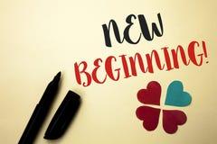 Звонок нового начала текста сочинительства слова мотивационный Концепция дела на жизнь роста формы нового старта изменяя написанн Стоковые Изображения