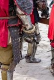 Звонок рыцарей ждать для того чтобы сразить день стоковые изображения