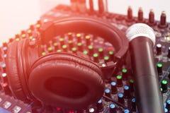 Звук смесителя аудио иллюстрация вектора