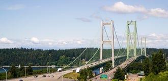 Звук Puget шоссе 16 пересекая над мостом узких частей Tacoma стоковые изображения rf
