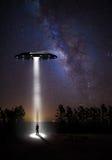 Звёздные небо и UFOs Стоковое фото RF