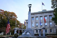Здание капитолия государства Северной Каролины в центре города Raleigh стоковые изображения