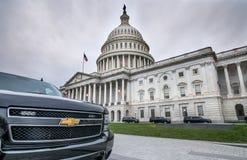 Здание капитолия Соединенных Штатов с темными sclouds выше стоковые изображения