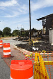 здание, котор сгорели вниз с защищать Стоковые Фото