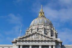 Здание муниципалитет Сан-Франциско стоковые фотографии rf