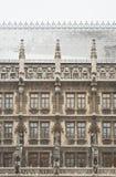 здание муниципалитет munich снежный Стоковые Фотографии RF