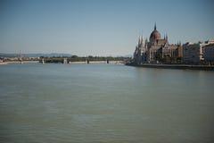 Здание парламента в Будапешт стоковое изображение rf