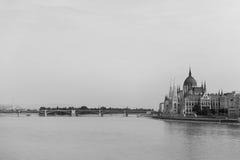 Здание парламента в Будапешт стоковые изображения